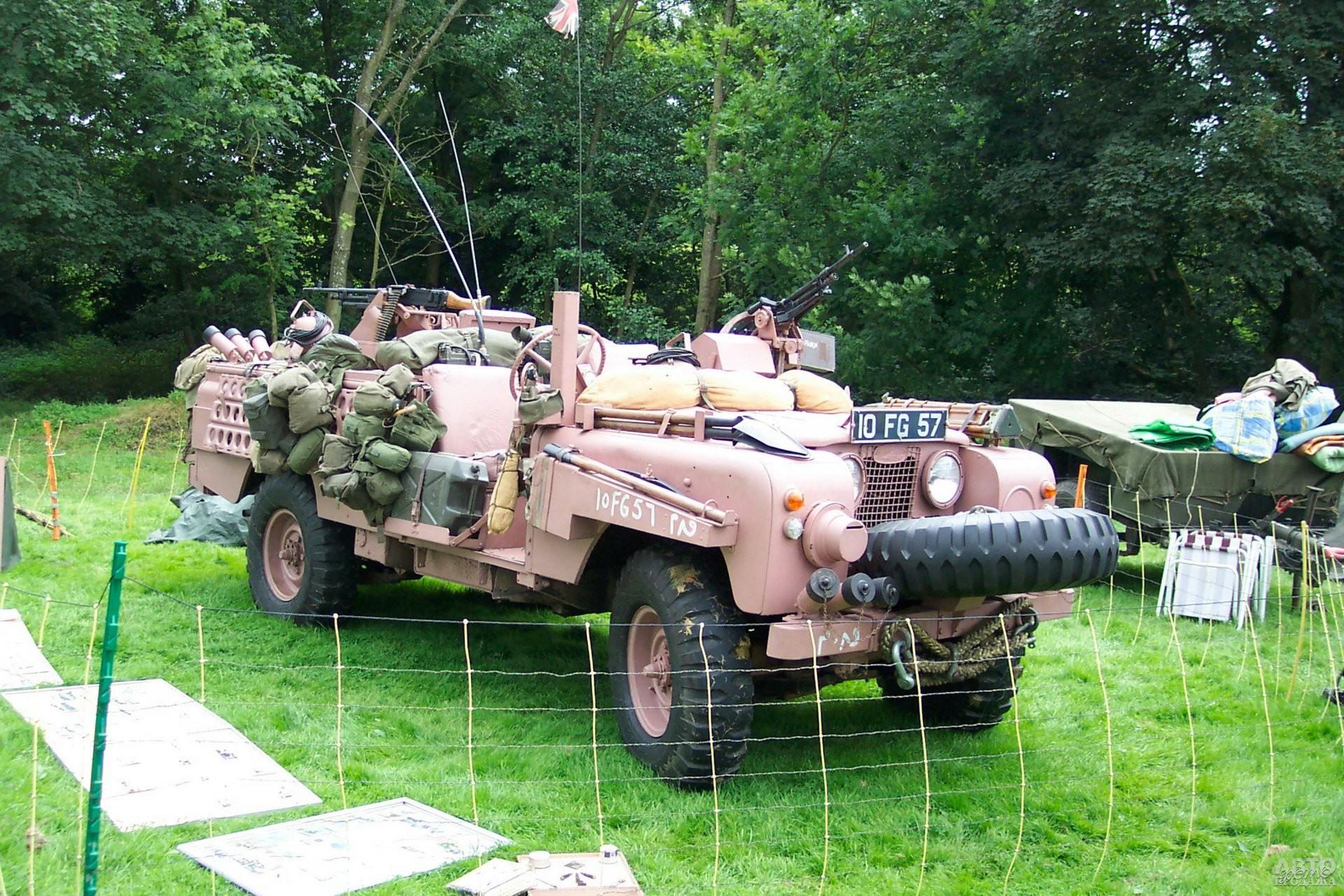 Land_Rover Pink Panther – транспортное средство для десанта