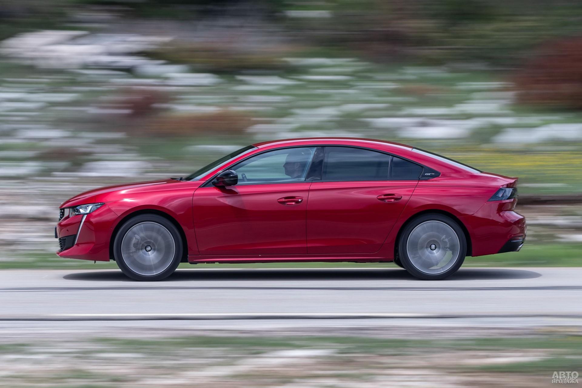 Peugeot компактнее соперников – 4750 мм в длину