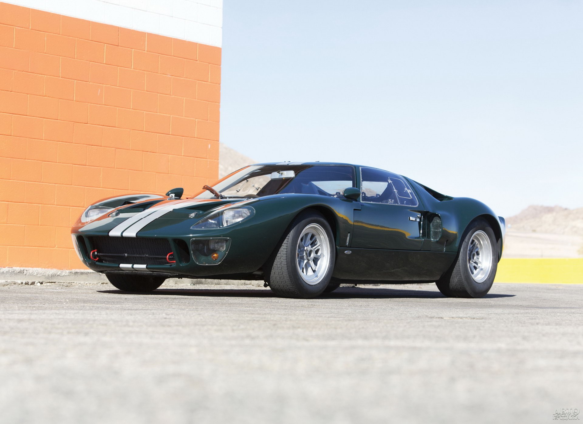 Ford_GT40 1964 года