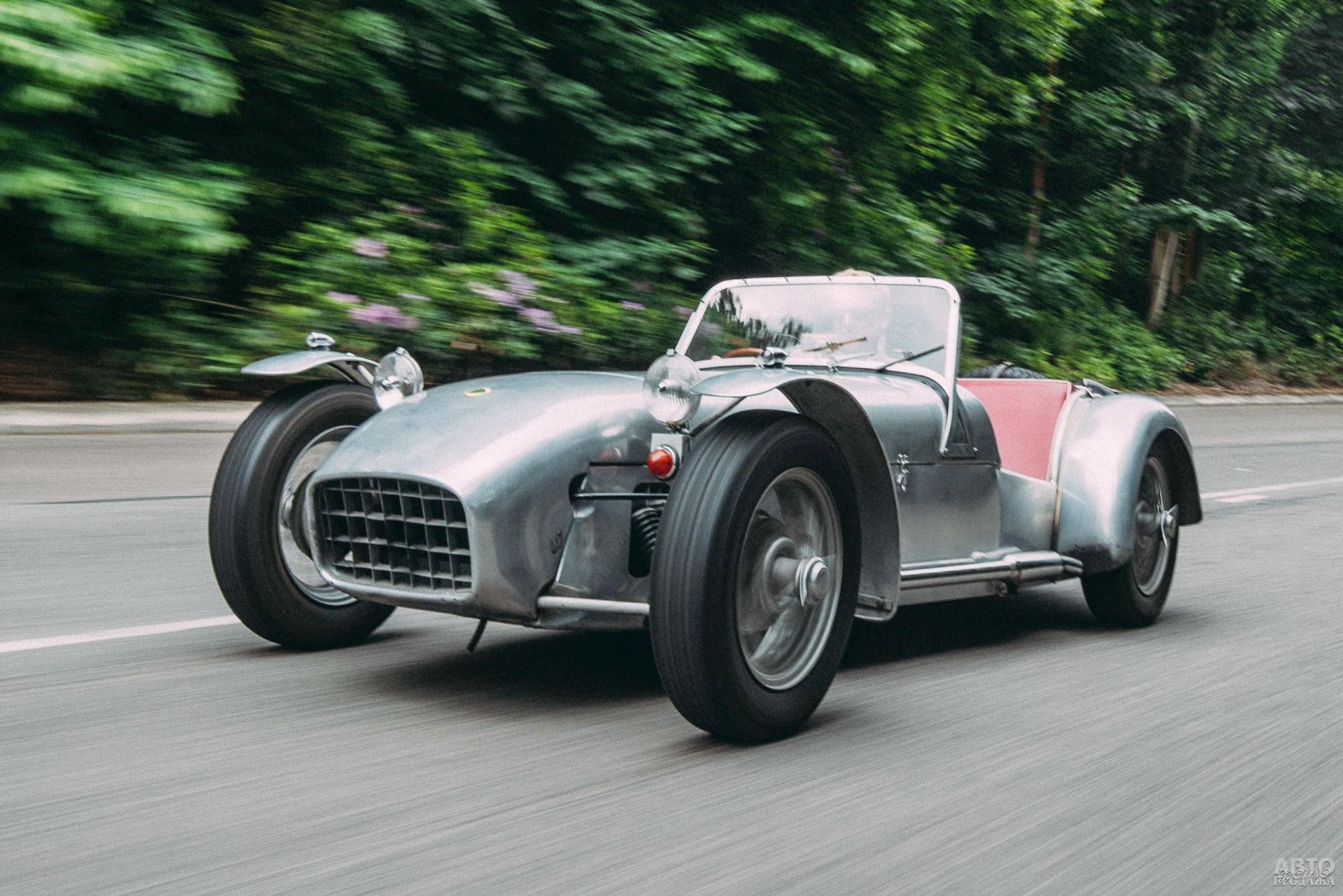 Lotus Seven представили в 1957 году