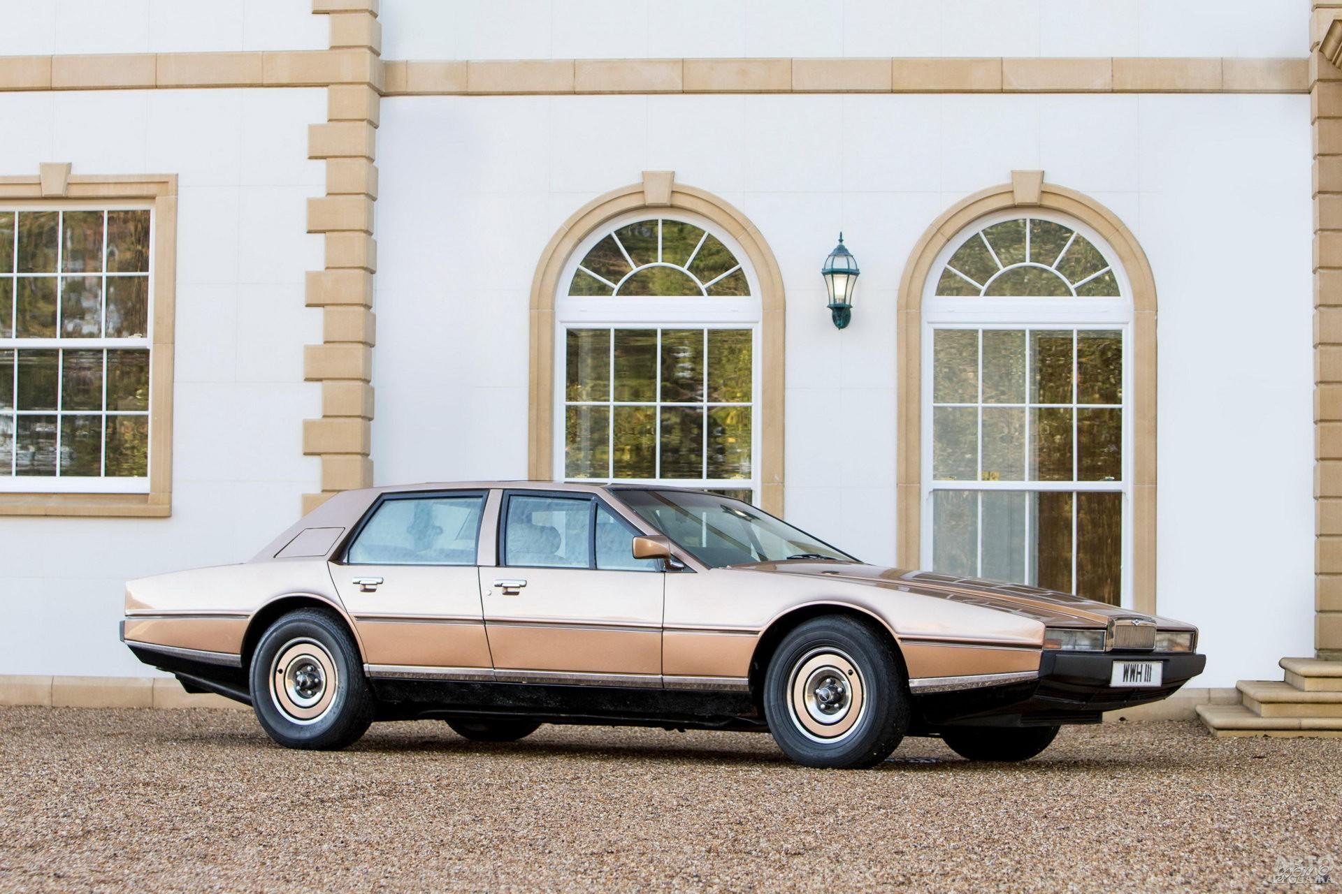 Aston Martin Lagonda 1976 года