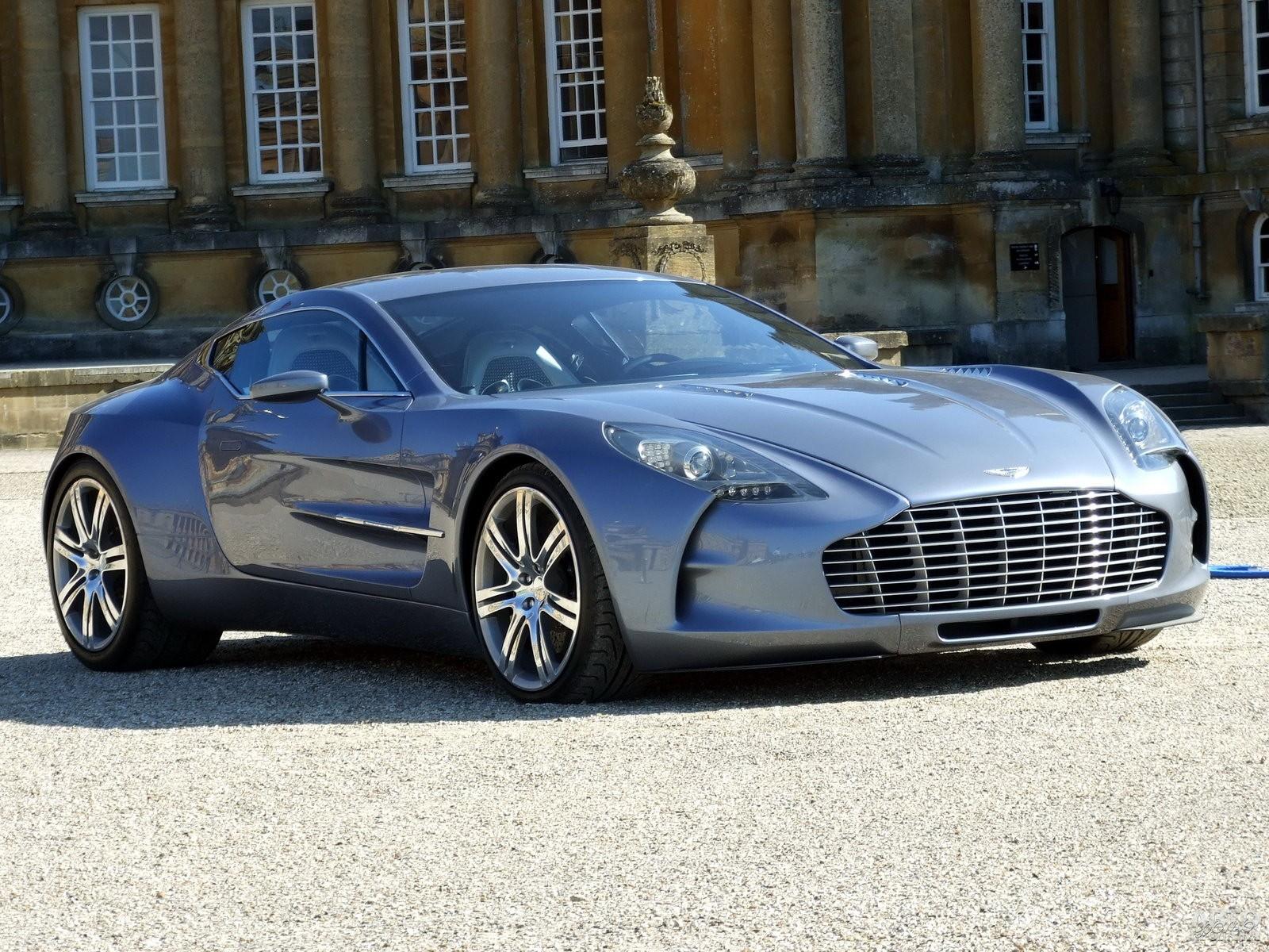 Лимитированный Aston Martin One-77