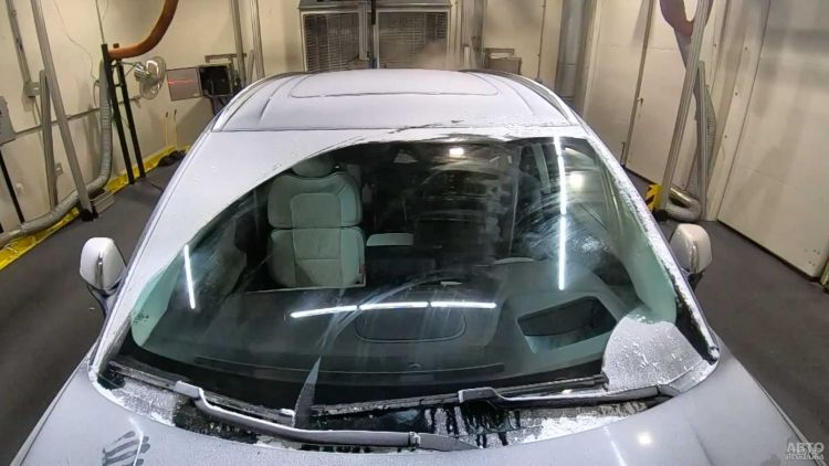 В Ford разработали инновационные дворники с подогревом