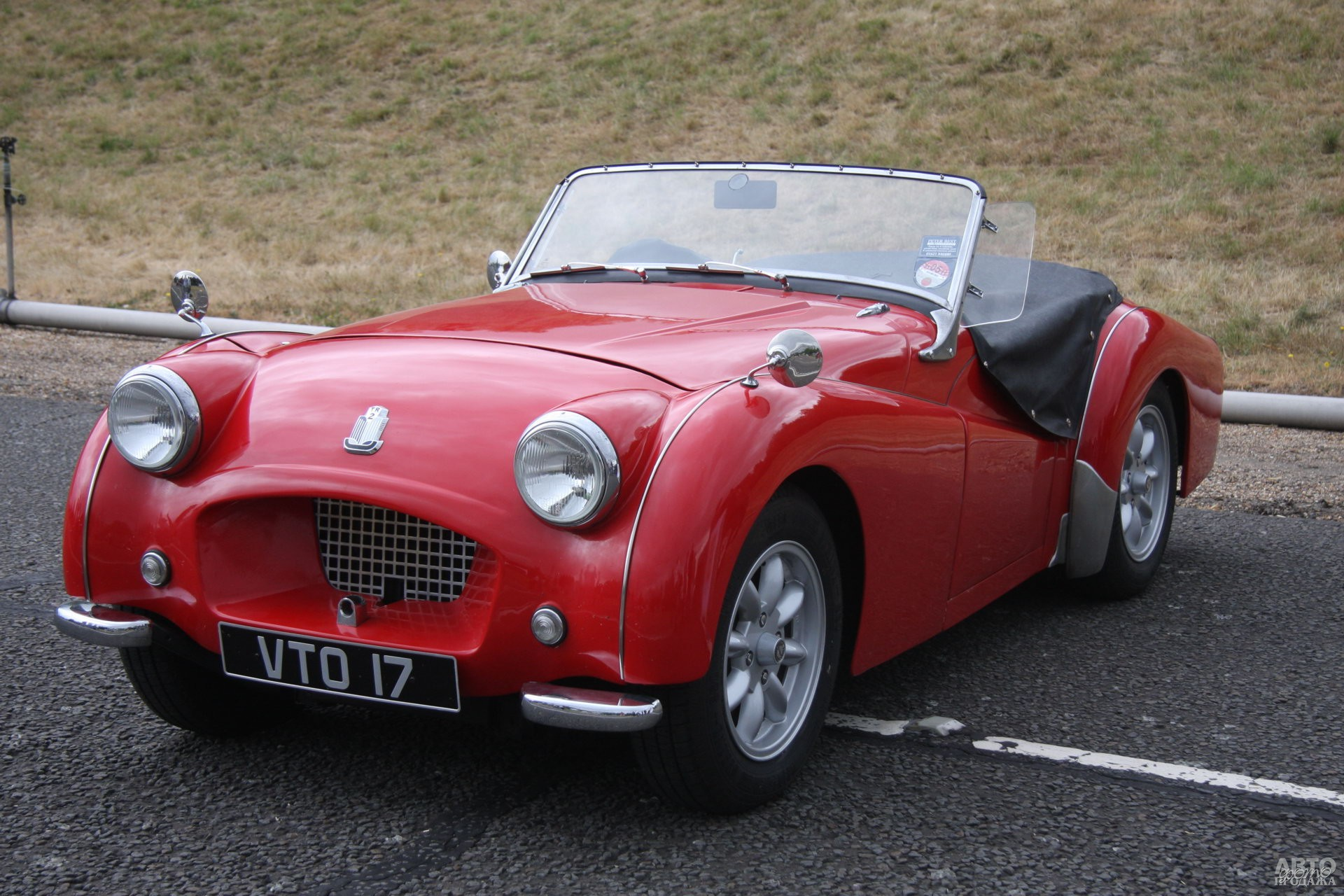 Первый серийный Triumph TR2 1953 года