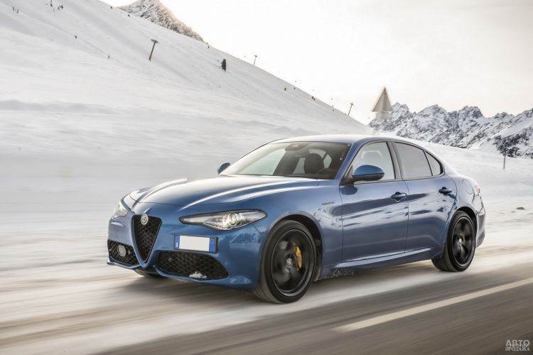 Alfa Romeo Giulia: классический спорт-седан