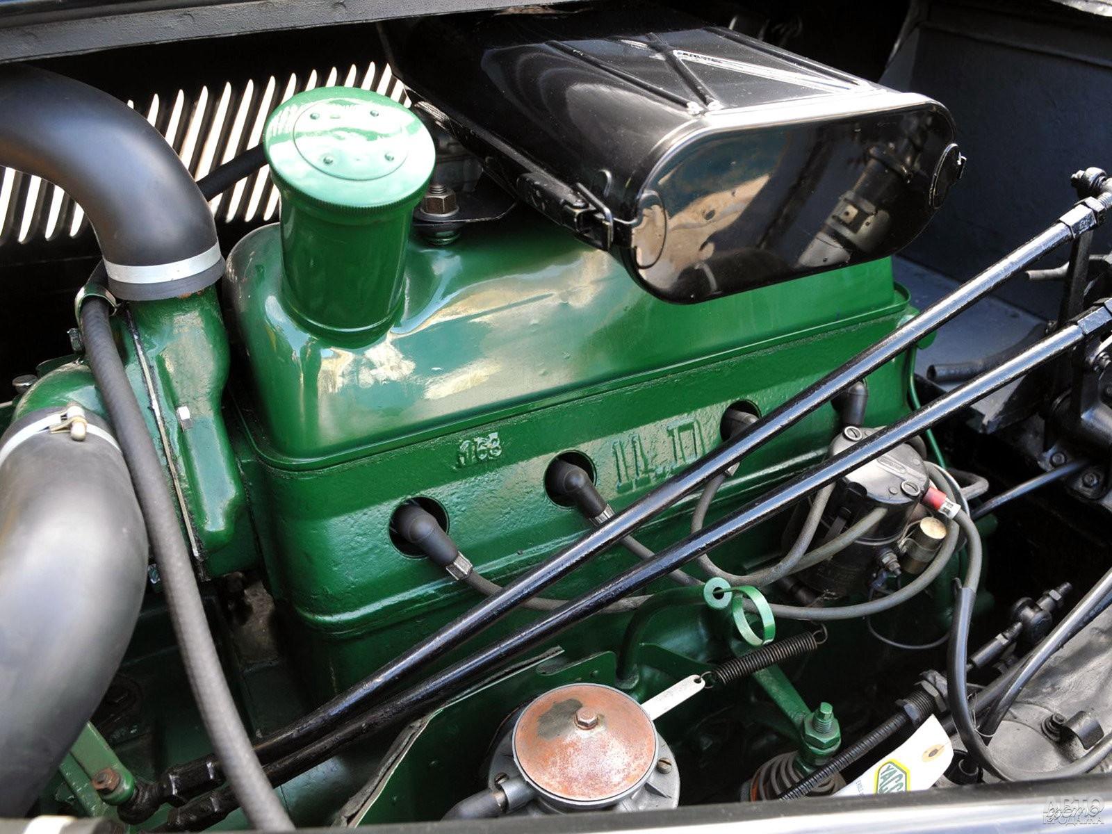 Двигатель установлен перед трансмиссией