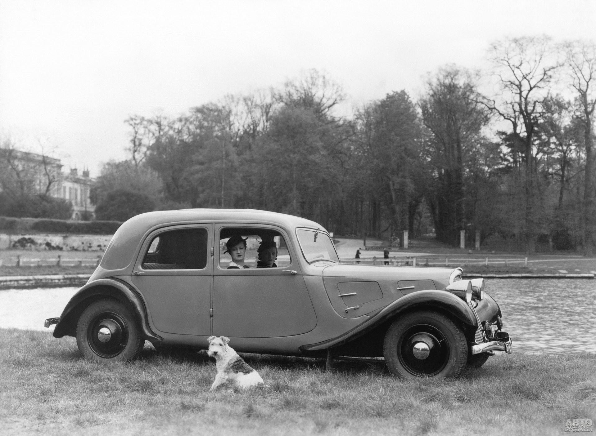 Первый Citroen Traction Avant 7CV 1933 года