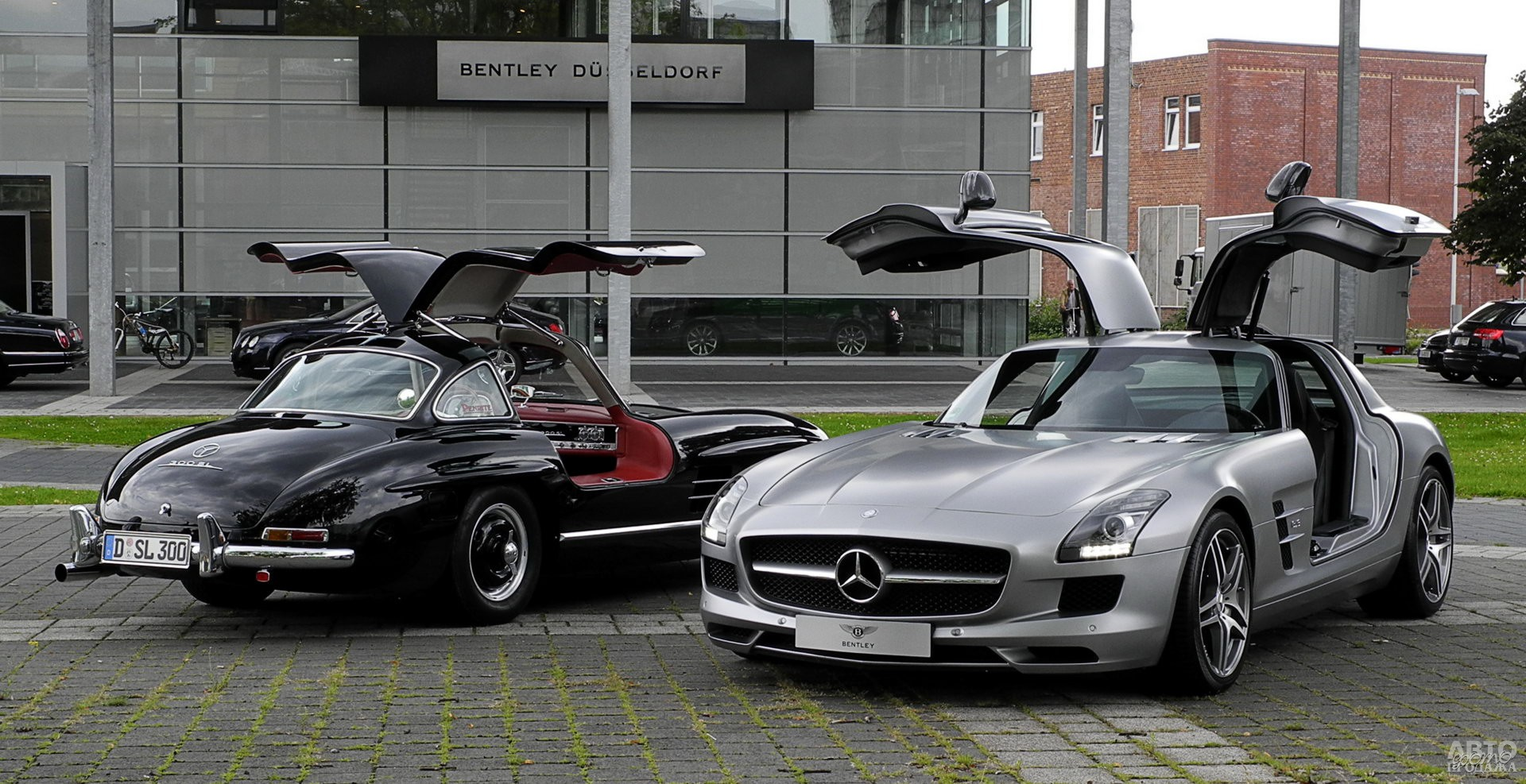 Mercedes-Benz 300 SL и его современный наследник SLS
