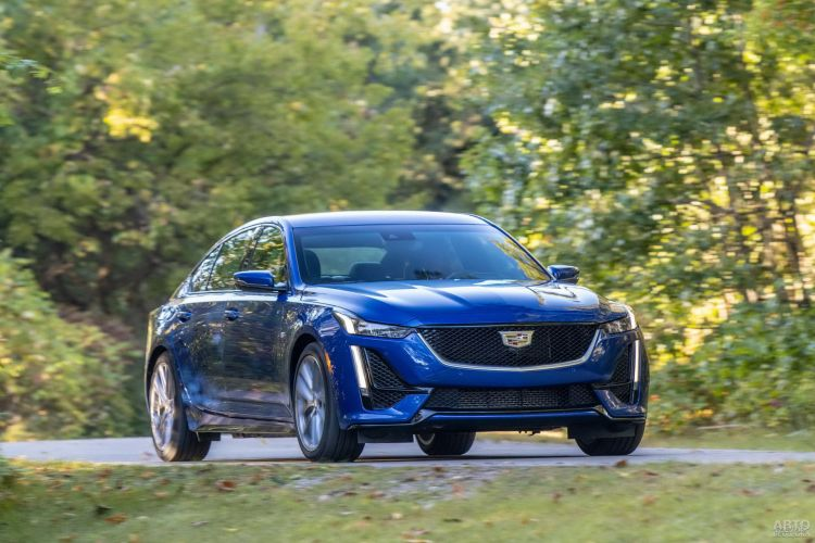 Cadillac CT5: консервативный подход