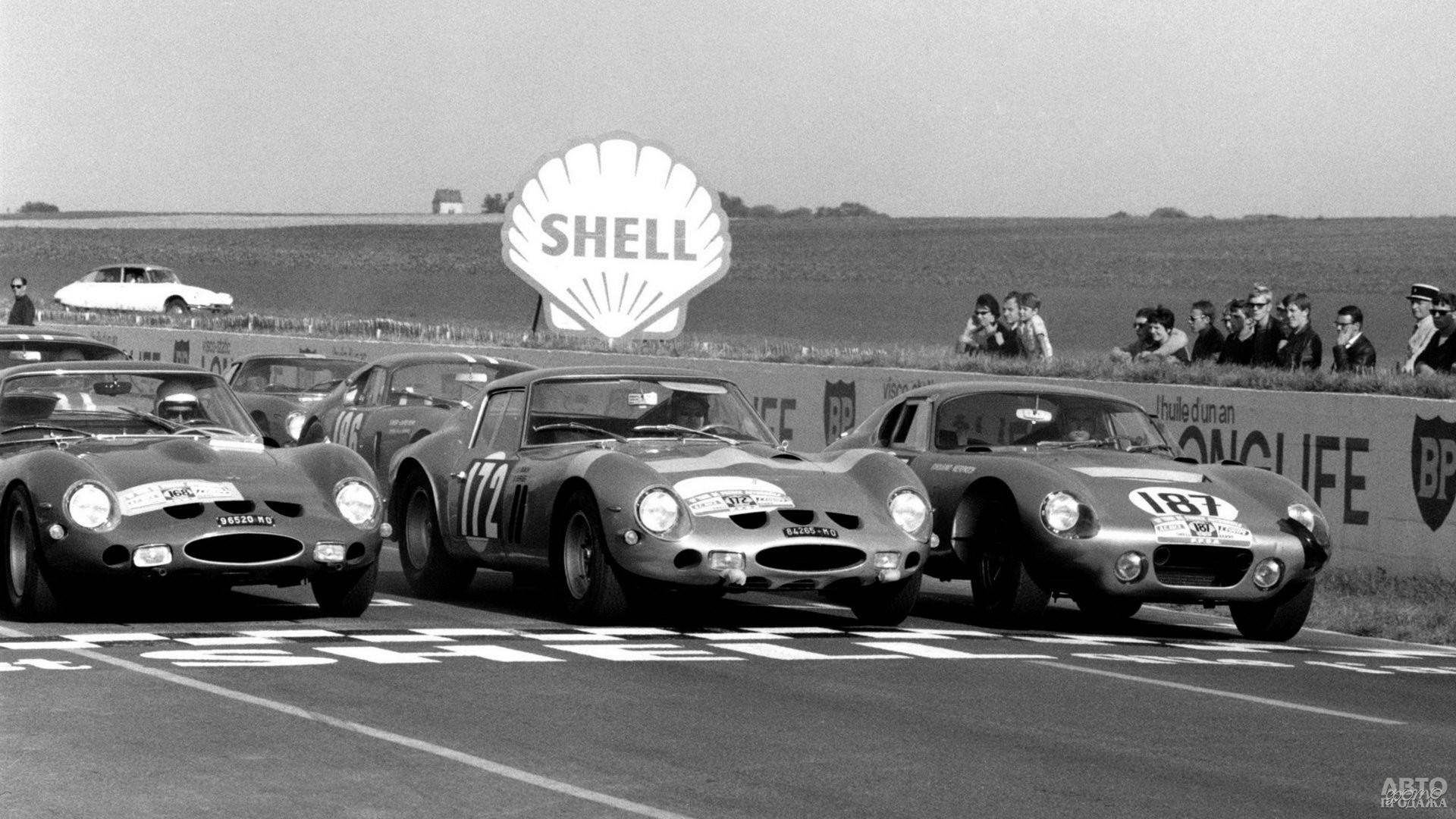 В 1963 году GTO не оставил ни единого шанса главному сопернику Shelby Cobra