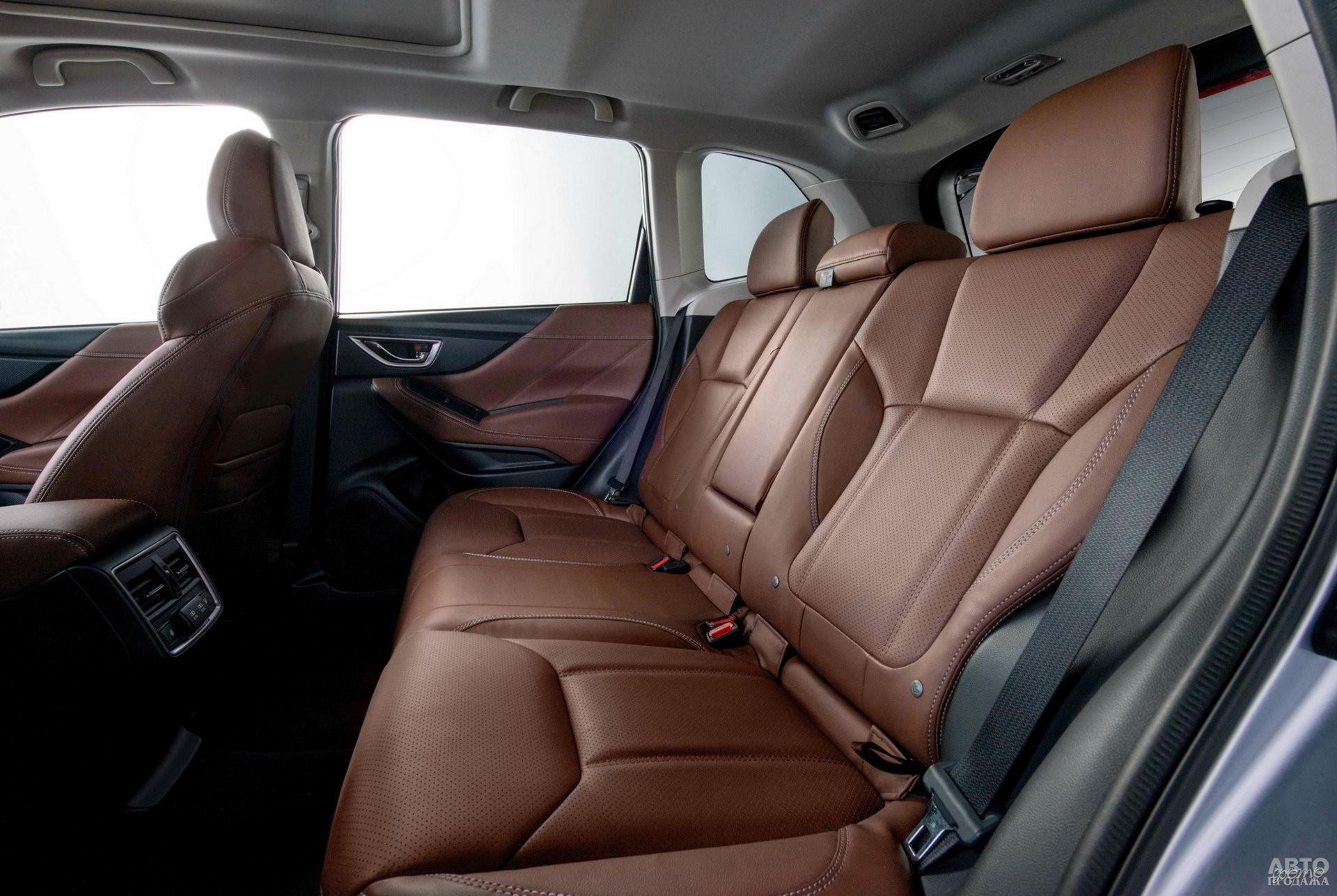 Салон Subaru самый широкий