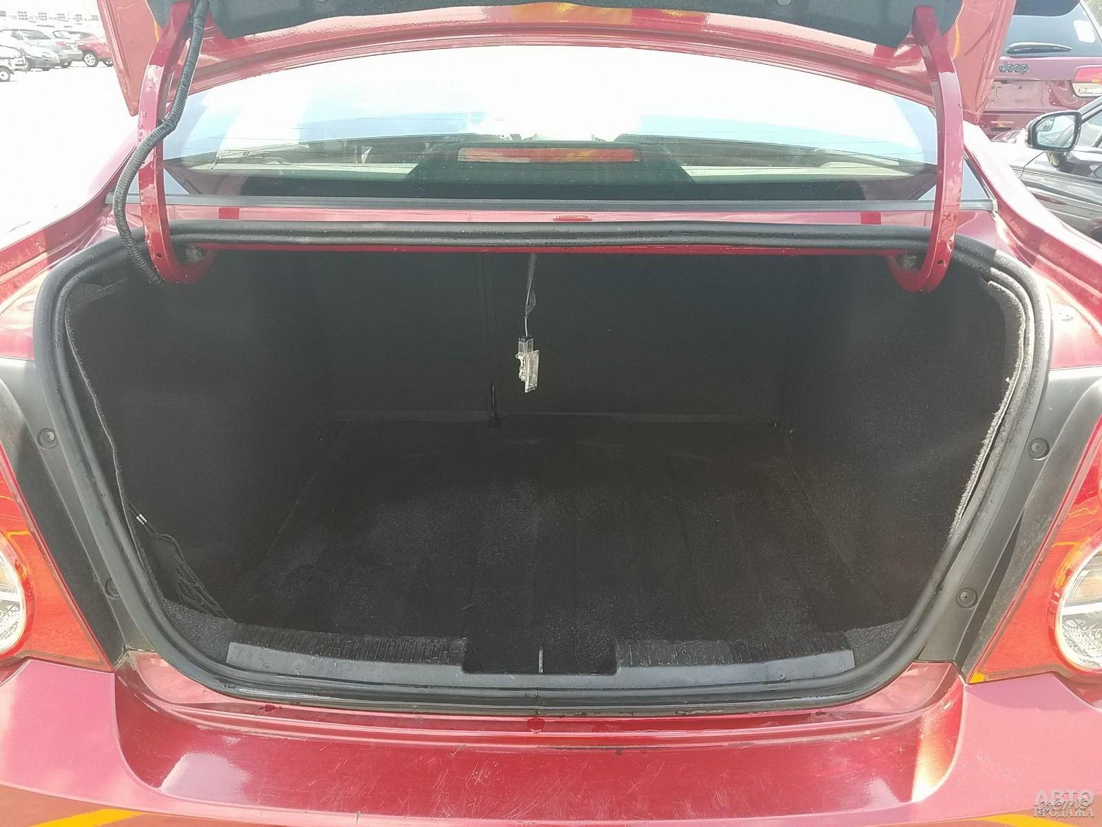 Объем багажника Chevrolet – 502 л