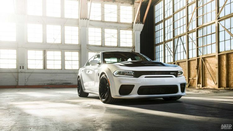 Dodge представили самый мощный в мире седан