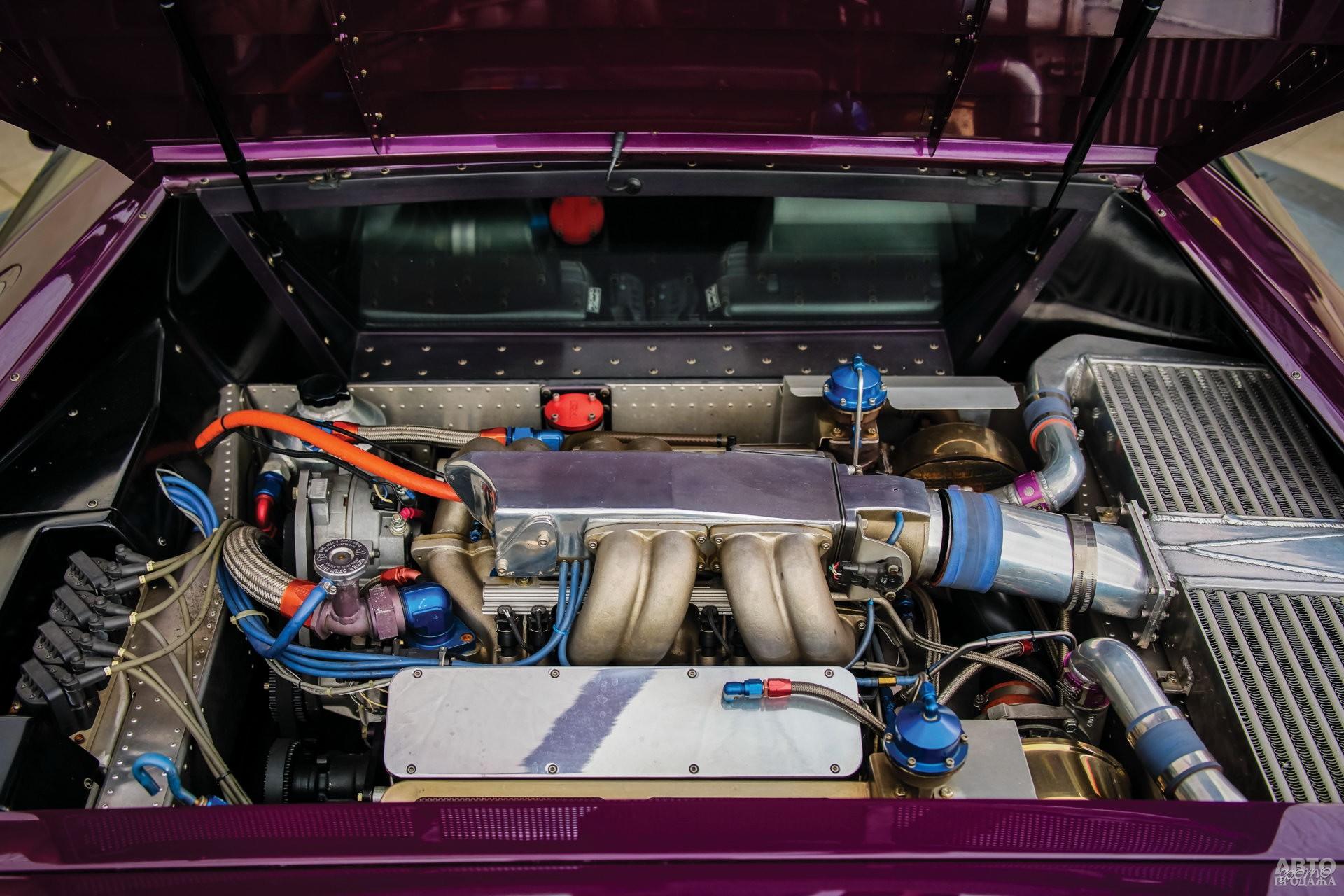 W8 оснастили 6,0-литровой 625-сильной турбированной «восьмеркой»