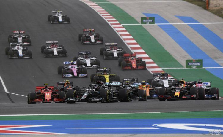 Формула-1: Хэмилтон установил новый рекорд