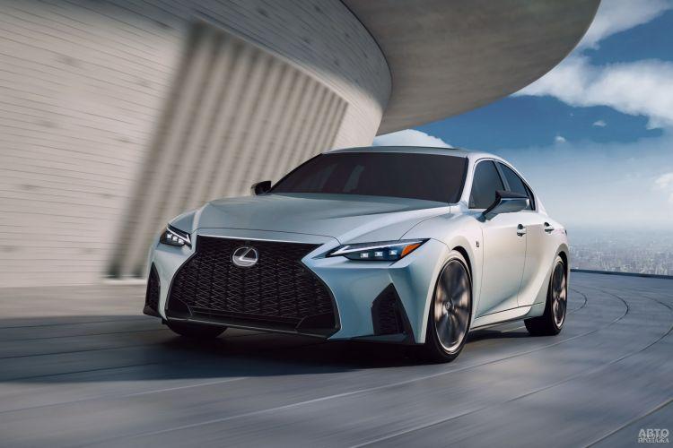 Lexus IS: основательное омоложение