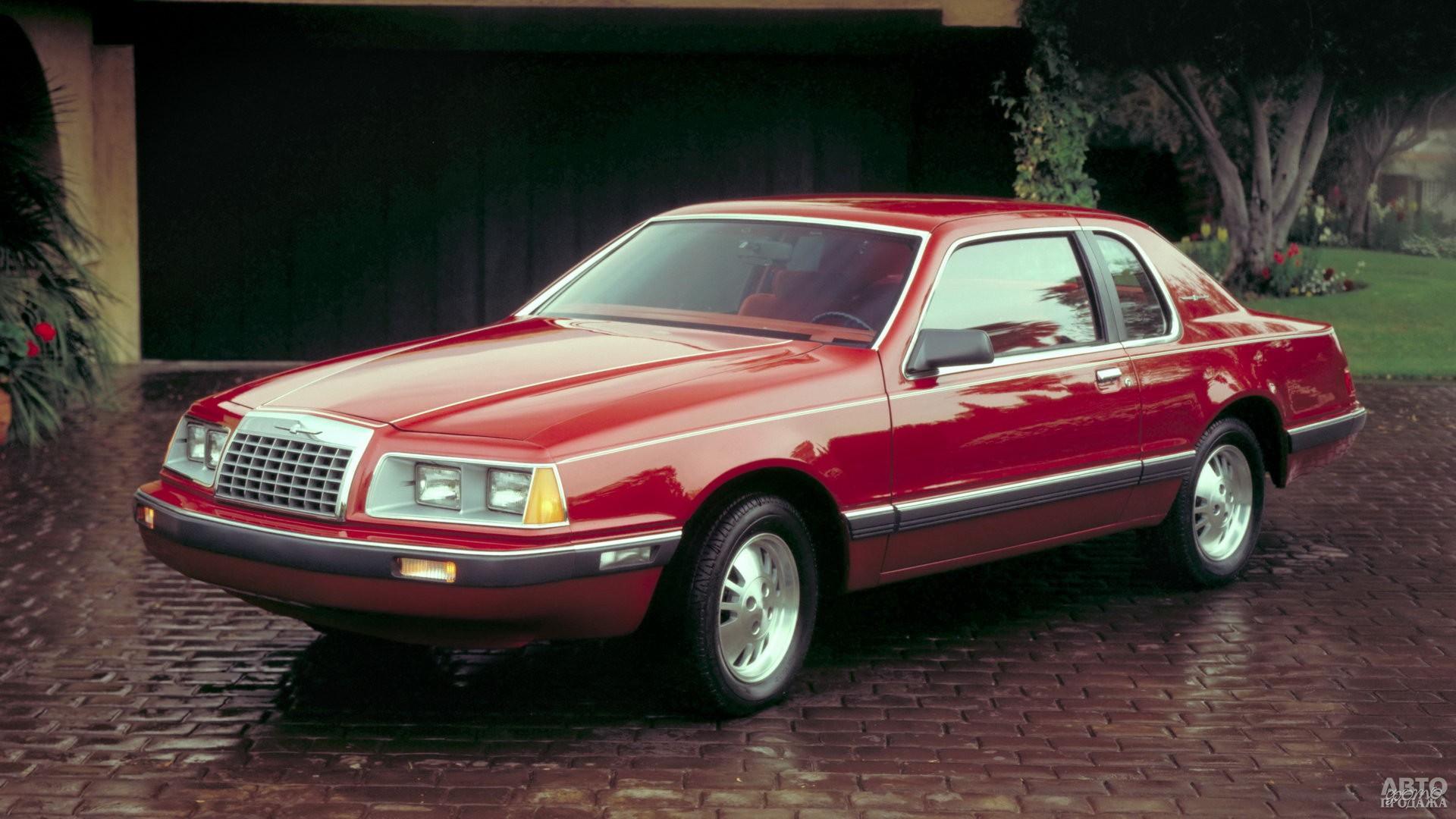 Обтекаемый Ford Thunderbird 1983 года