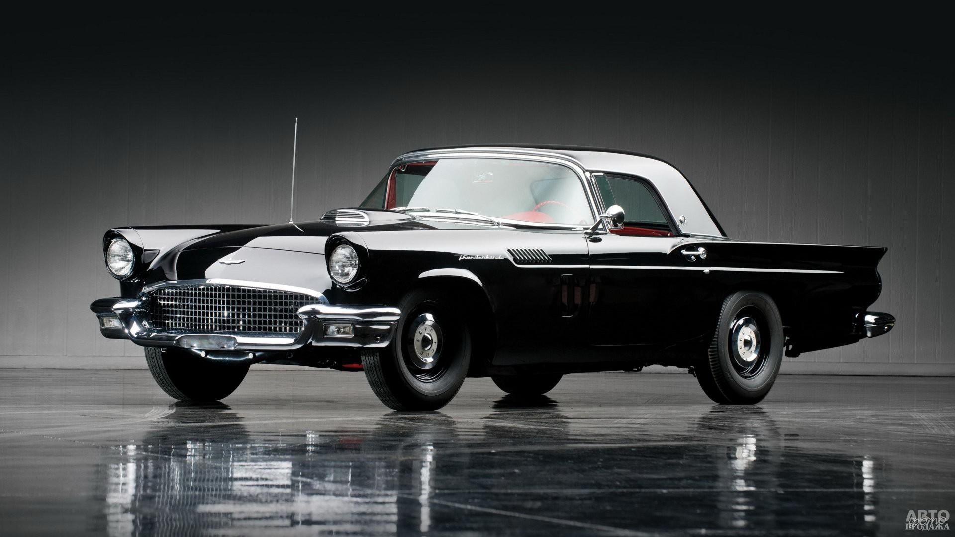 Модель 1957 года была немного удлиненна и получила 340-сильный компрессорный двигатель