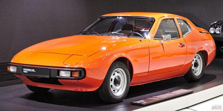 Porsche 924, 944 и 968: юбилей популярных спорткупе