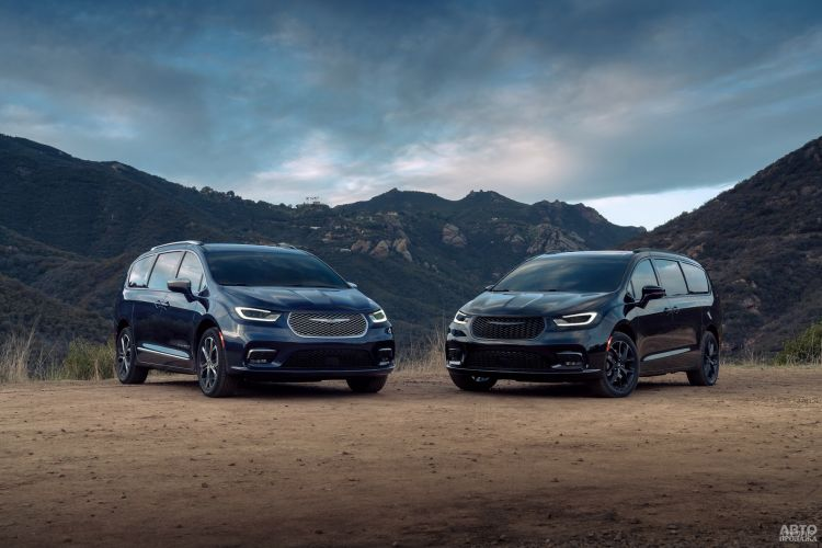 Chrysler Pacifica: семейный формат