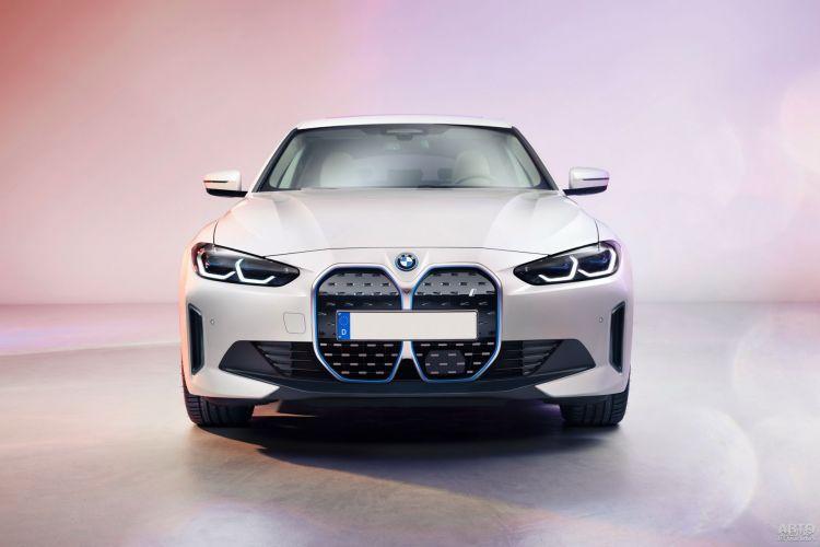 BMW i4: первенец в новом «семействе»