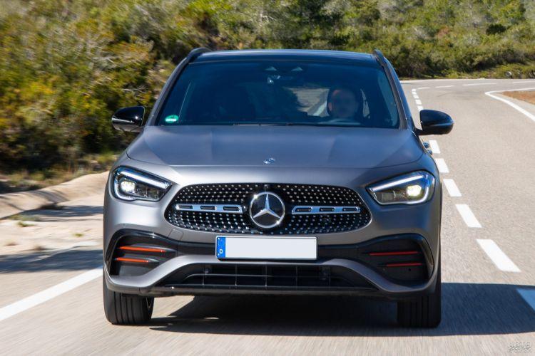 Mercedes-Benz GLA, Range Rover Evoque и Volvo XC40: небольшие вседорожники премиум-класса