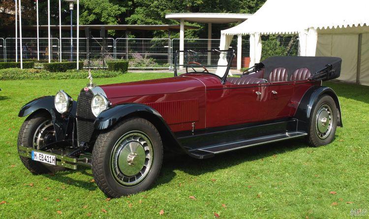 Bugatti Type 41 Royale: королевская роскошь