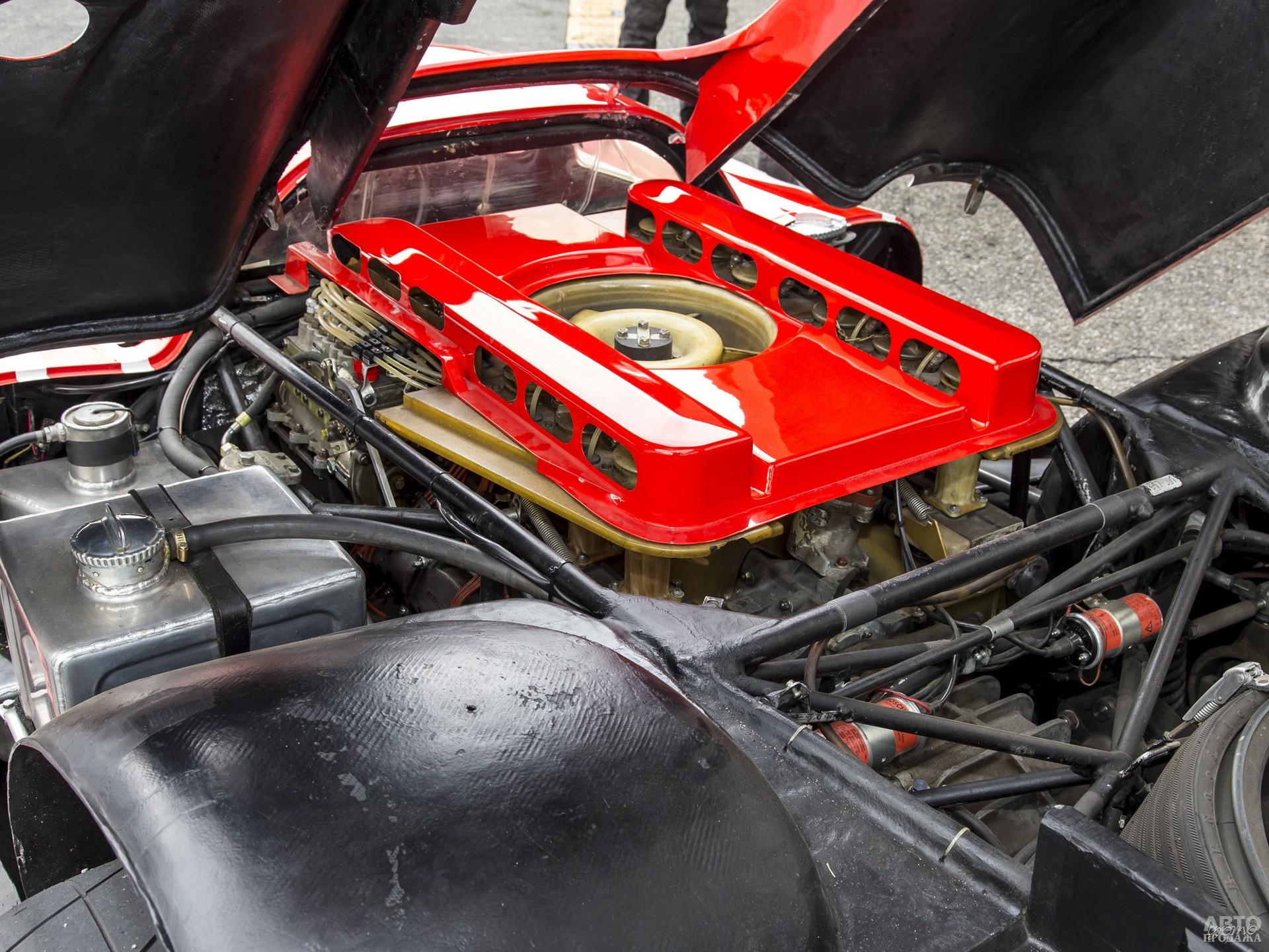 Оппозитный 12-цилиндровый двигатель имел воздушное охлаждение