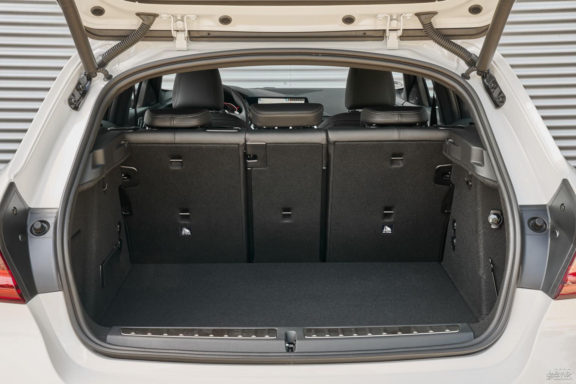 У BMW – 380-литровый багажник