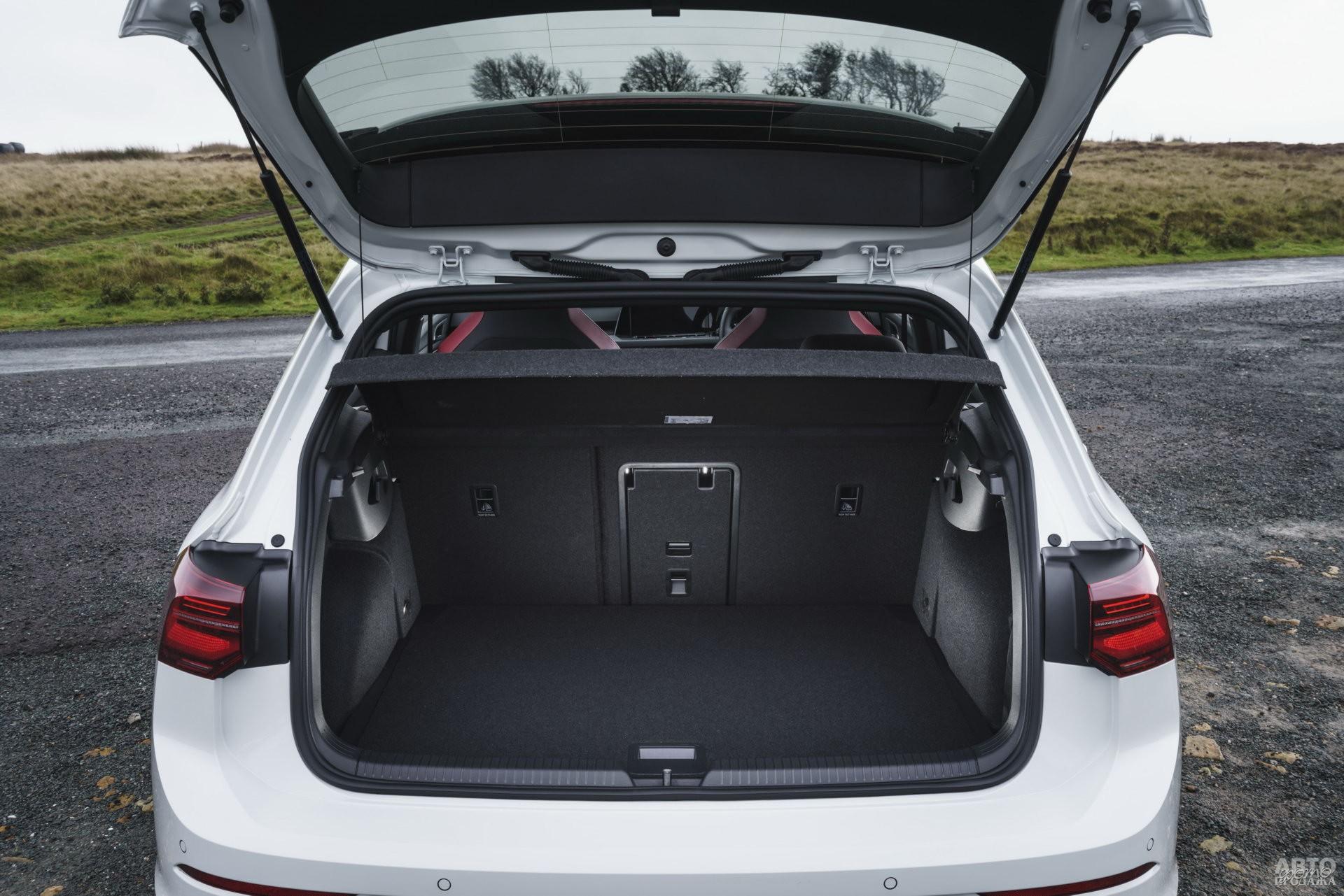 У Volkswagen в распоряжении – 380 л