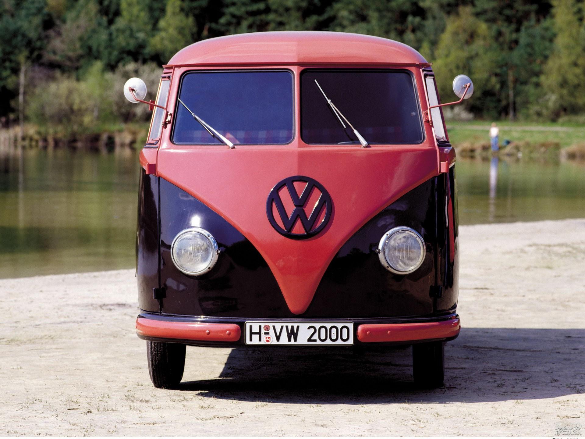 Фирменные круглые фары Volkswagen Т1 позаимствовали у Beetle