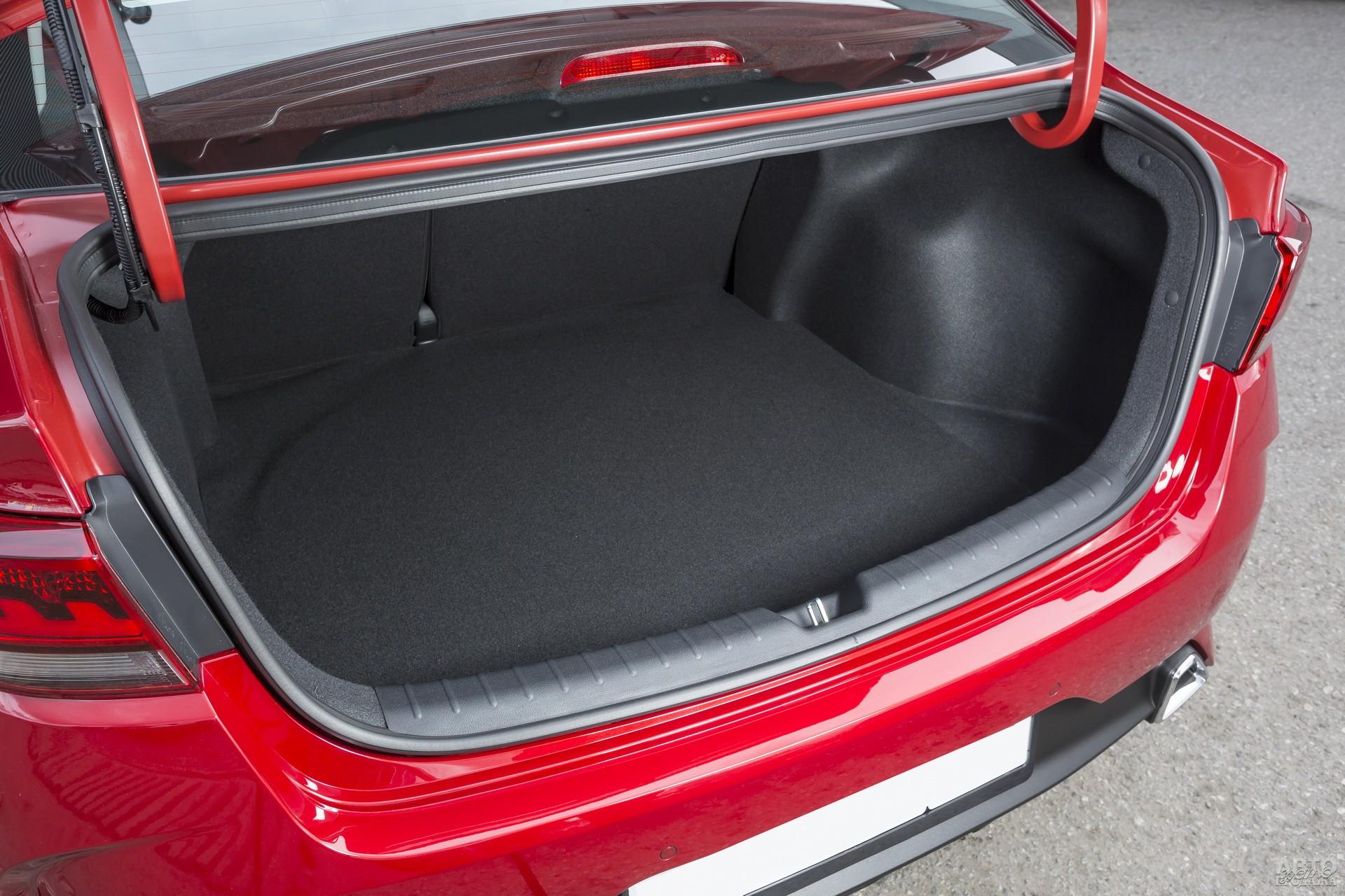 Объем багажника Kiа – 480 л