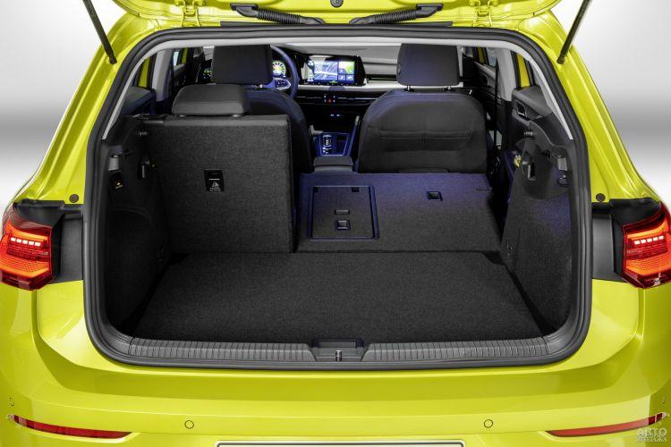 У Volkswagen в распоряжении 381 л
