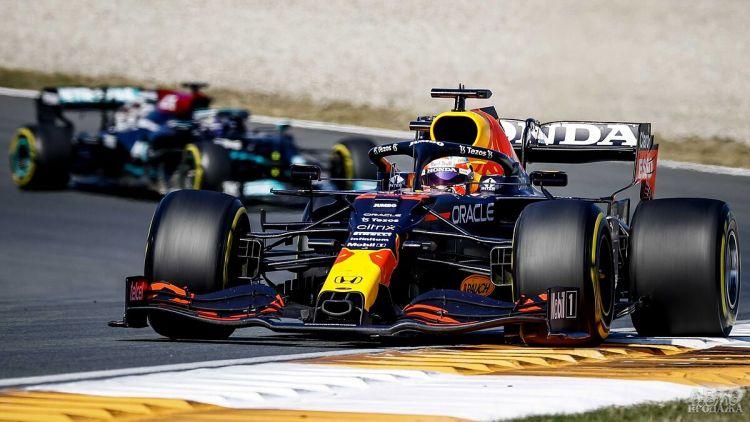 Формула-1: Ферстаппен побеждает на домашней трассе