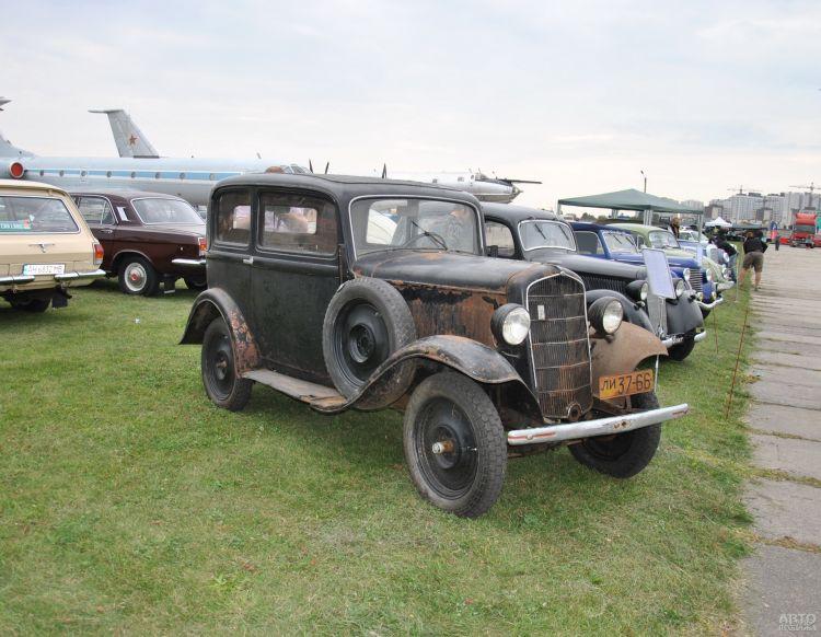 Opel P4 68 лет простоял заброшенным