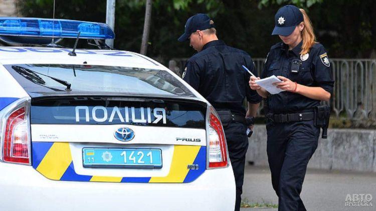 Патрульной полиции запретили останавливать авто без причины