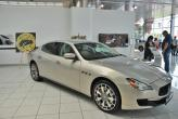 Стенд Maserati украсили картинной галереей