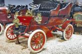 Уже в 1903 году Генри Лиланд представил свой первый автомобиль – Model A, на котором был установлен 10-сильный двигатель его собственной разработки