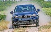 Suzuki SX4 привлекает внимание огромной хромированной решеткой радиатора