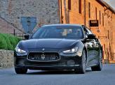 Maserati Ghibli щеголяет широкой «зубастой» решеткой радиатора