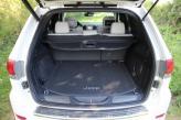 Объем багажника Grand Cherokee – 457 л
