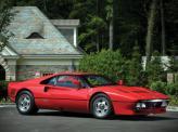 Ferrari 288 GTO 1984 года – первый серийный автомобиль, развивший 300 км/ч