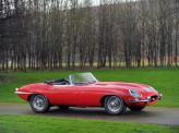 Модель 1964 года получила более тяговитый 4,2-литровый мотор