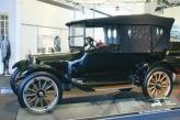 Первым автомобилем братьев Доджей стал Dodge Model 30, прозванный в дальнейшем