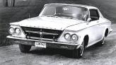 Модернизация 1963 года оказалась не столь удачной, кроме того Chrysler 300J лишился кузова кабриолет