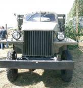 От автомобилей GMC Studebaker отличается иной кабиной