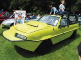 Dutton Commander, построенный на базе Suzuki Samurai. На амфибию устанавливали либо 1,3-литровый бензиновый двигатель мощностью 80 л. с., либо 1,5-литровый дизель, развиваемый 86 л. с.