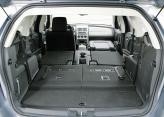 Объем багажника достигает 1925 л со сложенными сиденьями