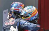 Пилоты Red Bull празднуют успех