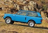 Первый Range Rover имел лишь две двери